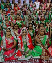 Mass Gathering of Brides | Surat Bears Witness to Mass Indian Wedding