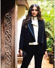 Sonam Kapoor is the Definition of Sophistication in Feminine Suit